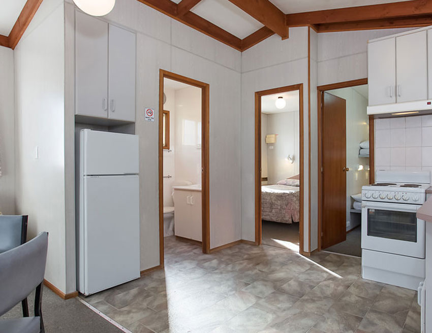 Large Cabin Horsham Holiday Park Accommodation Grampians Victoria